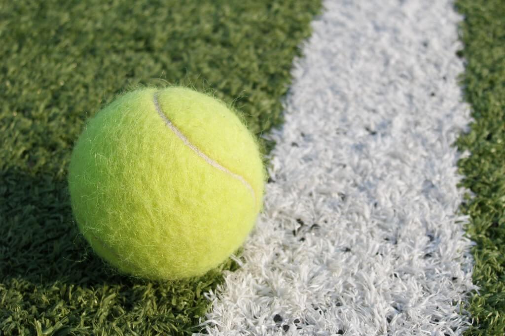 Twitter serves up Wimbledon hashtag emoji